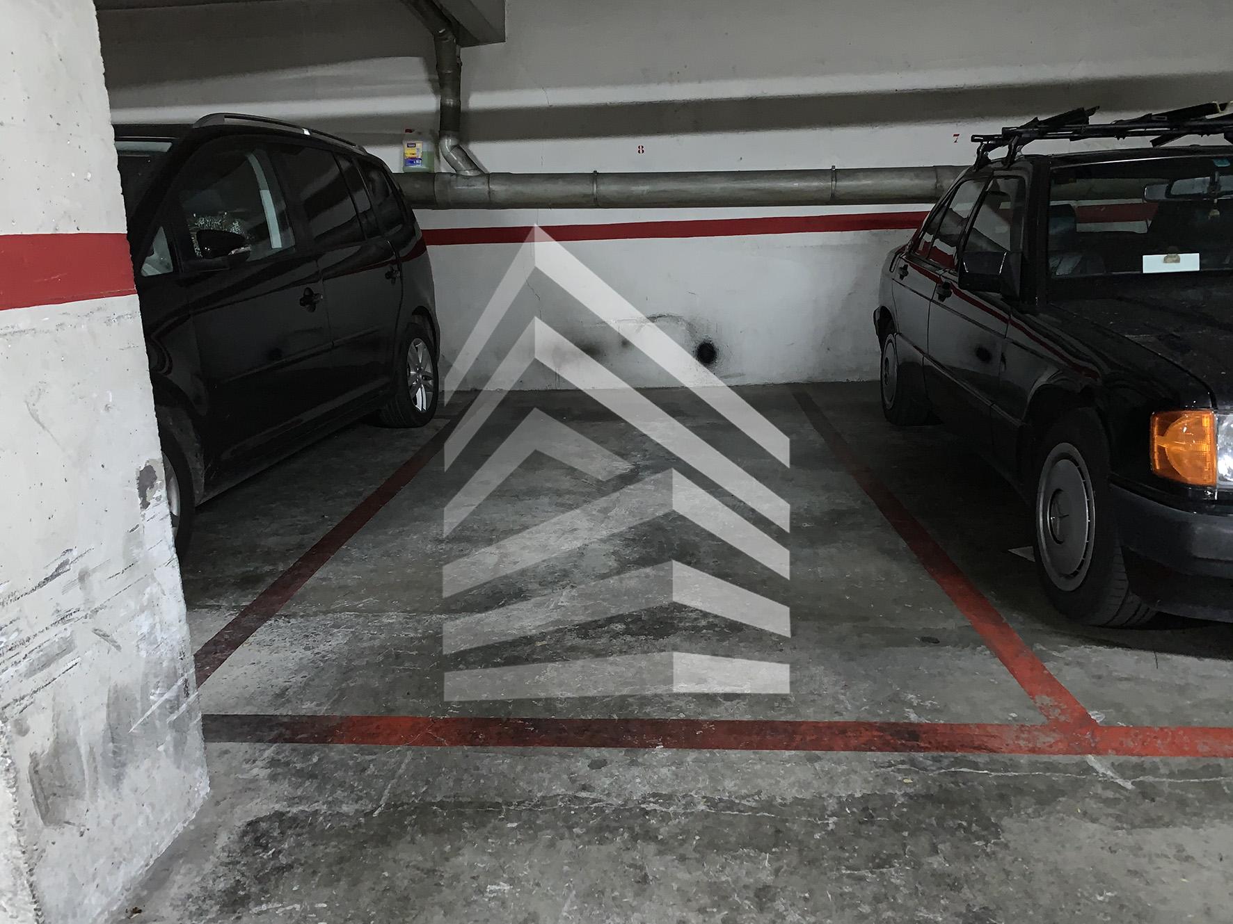 Garaje en venta en calle de Robrenyo