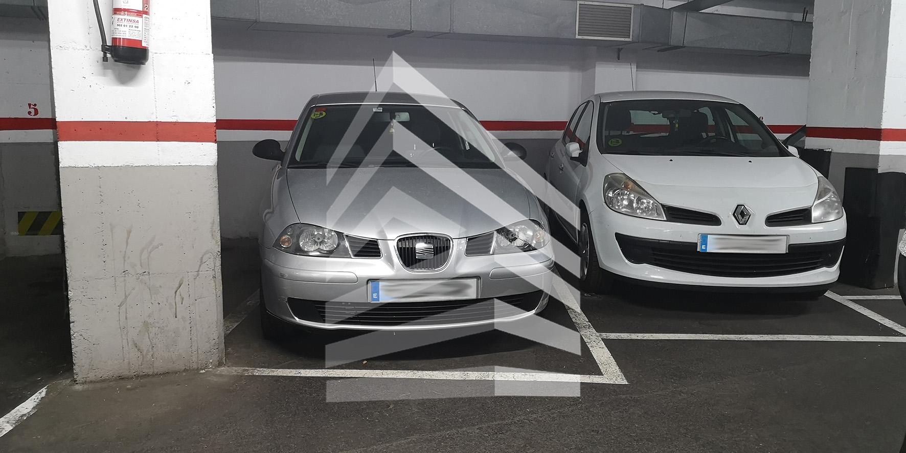 Plaza de parking en venta en Avda. de Madrid